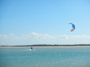 Kiting at Elliot Head